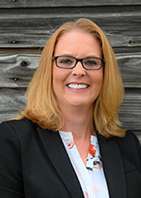 Employee: Carie Telgen